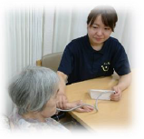 常勤専従の看護師による健康観察・看護処置・機能訓練